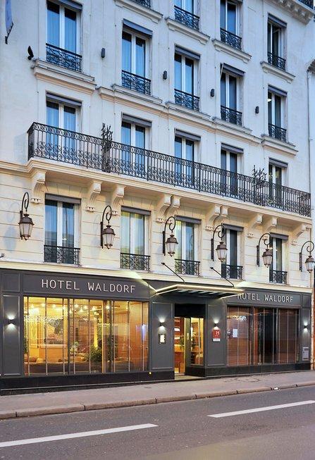 HOTEL THE WALDORF HILTON