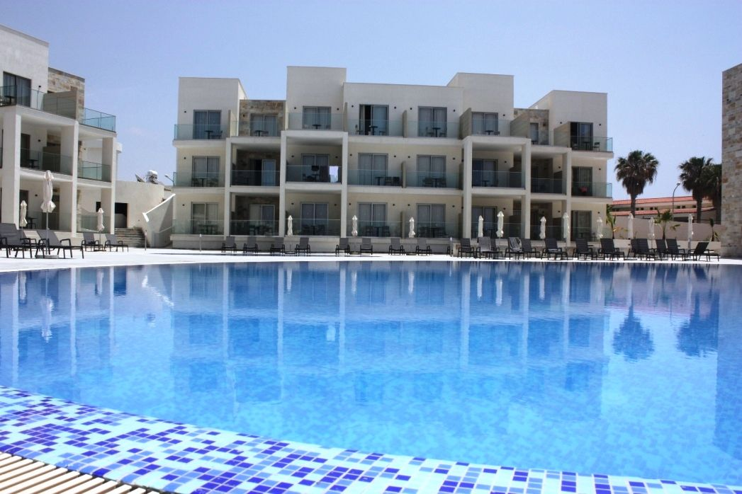 Amphora Hotel And Suites