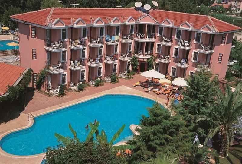 Gunes Hotel And Apartments