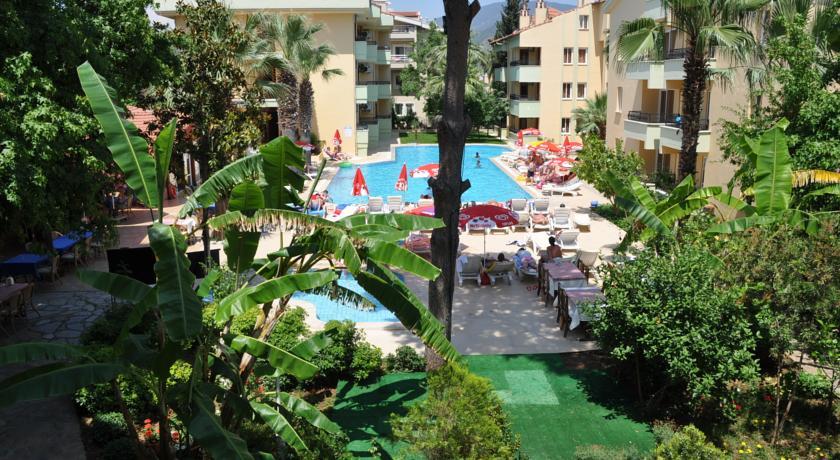 Club Palm Garden Keskin Apart & Hotel