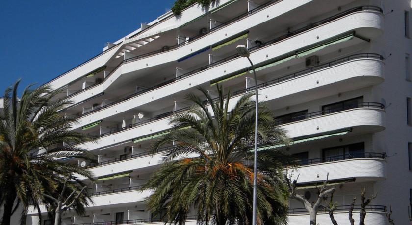 Riviera Apartamentos - Only Families