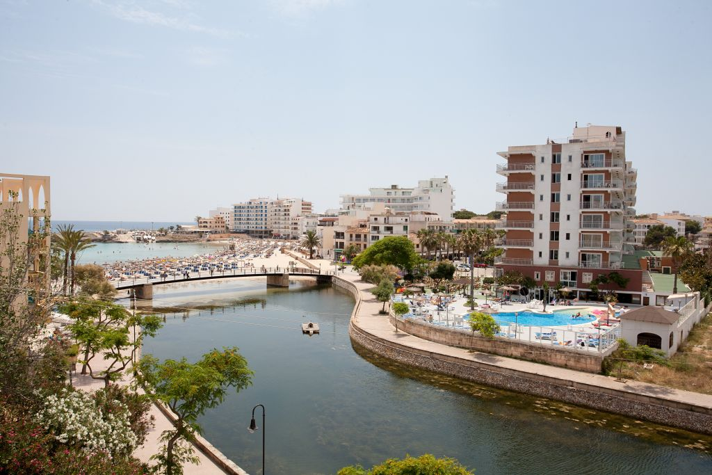 Playamar Hotel Y Apartments