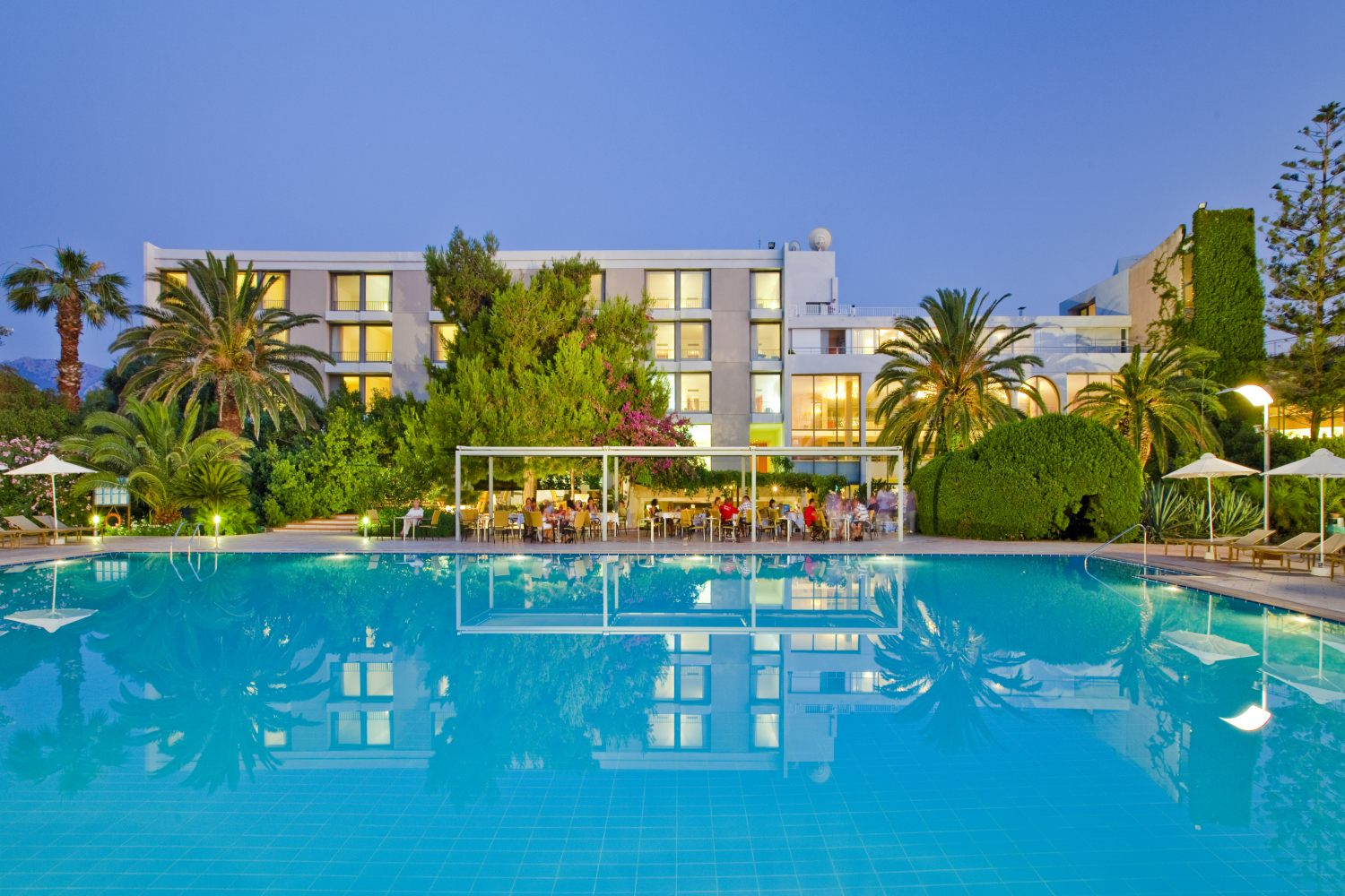 CARAVIA BEACH HOTEL & BUNGALOWS