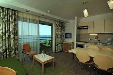 Belvedere Resort Apartments,