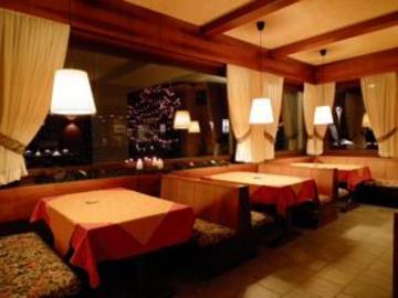 Hotel Nevada thumb-2