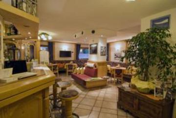 Hotel Daniela thumb-4