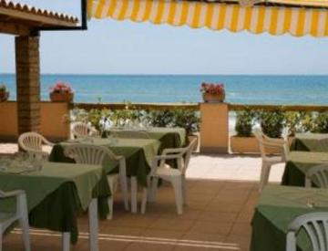 Hotel Acquasanta thumb-2