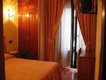 Hotel Hostal Castilla I