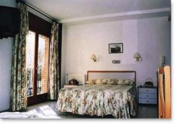 Hotel Hostal Lizana 2