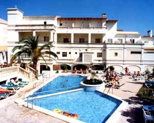 Flor Los Almendros Hotel