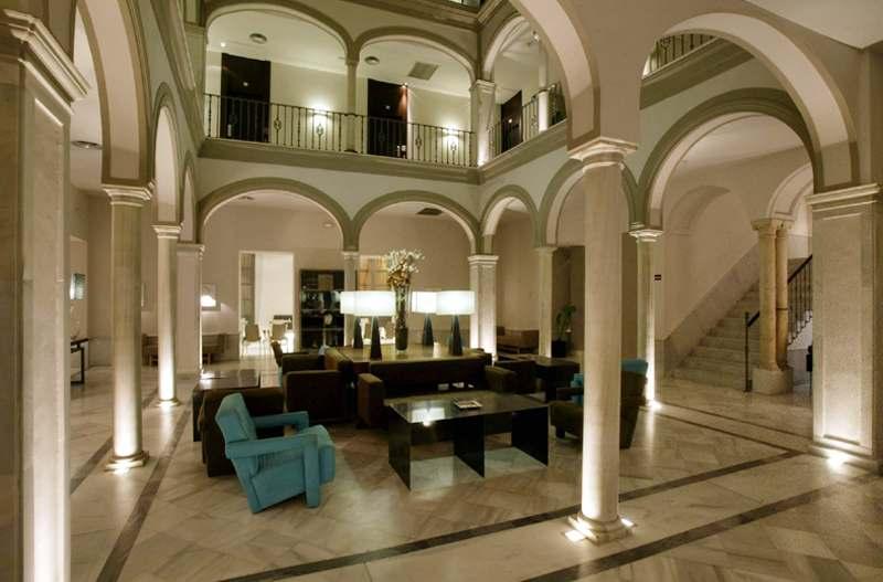 HOTEL PETIT PALACE MARQUES DE SANTA ANA