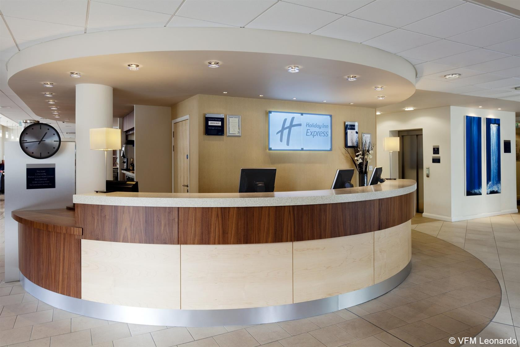 Holiday Inn Express Cheltenham Town Ctr