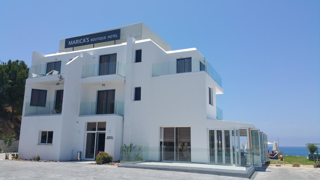 Avillion holiday apartment complex apartaments paphos for Boutique hotels cyprus